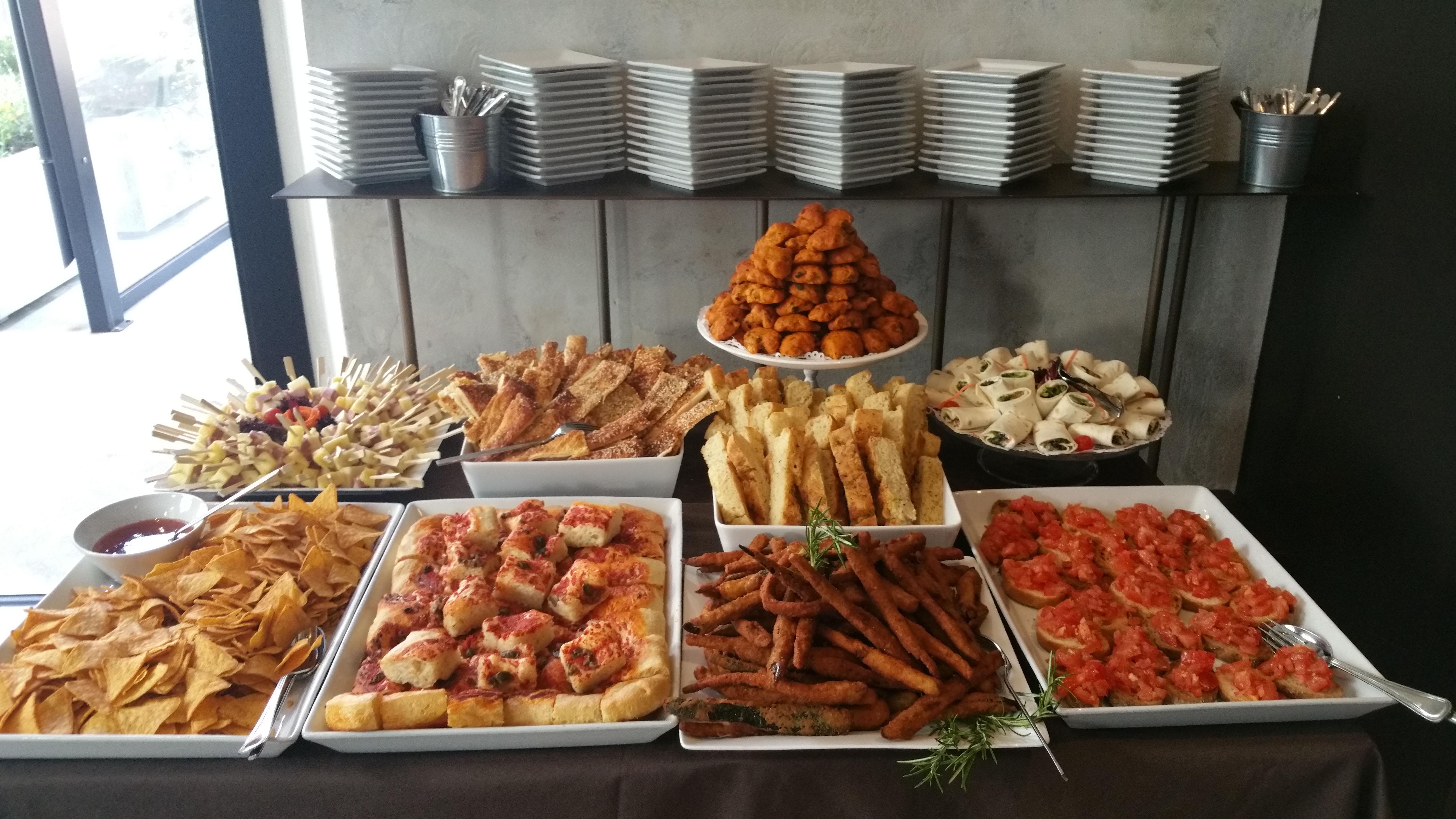 Buffet Di Insalate Miste : Sport cafÉ locarno aperitivi buffet